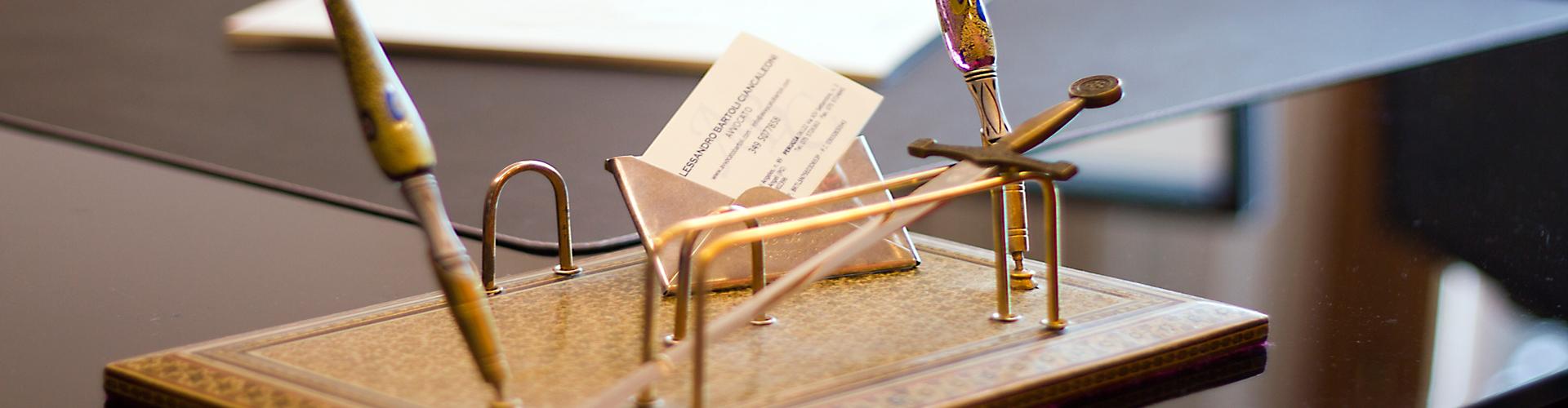 penne e biglietti da visita Bartoli Ciancaleoni